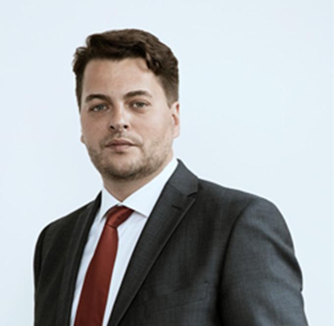 Acanthus-Legal-International-Business-Law-Dispute-Resolution-Frankfurt-Airport-Flughafen-Dominik-Hoiden-Rechtsanwalt-Kanzlei-Finance-Sachsenhausen-Portrait-mediuml